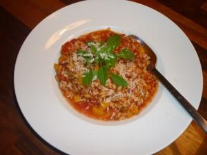Perldinkel mit Gemüse und Parmesan