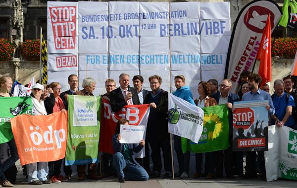 Pressefoto-Stop-TTIP-2